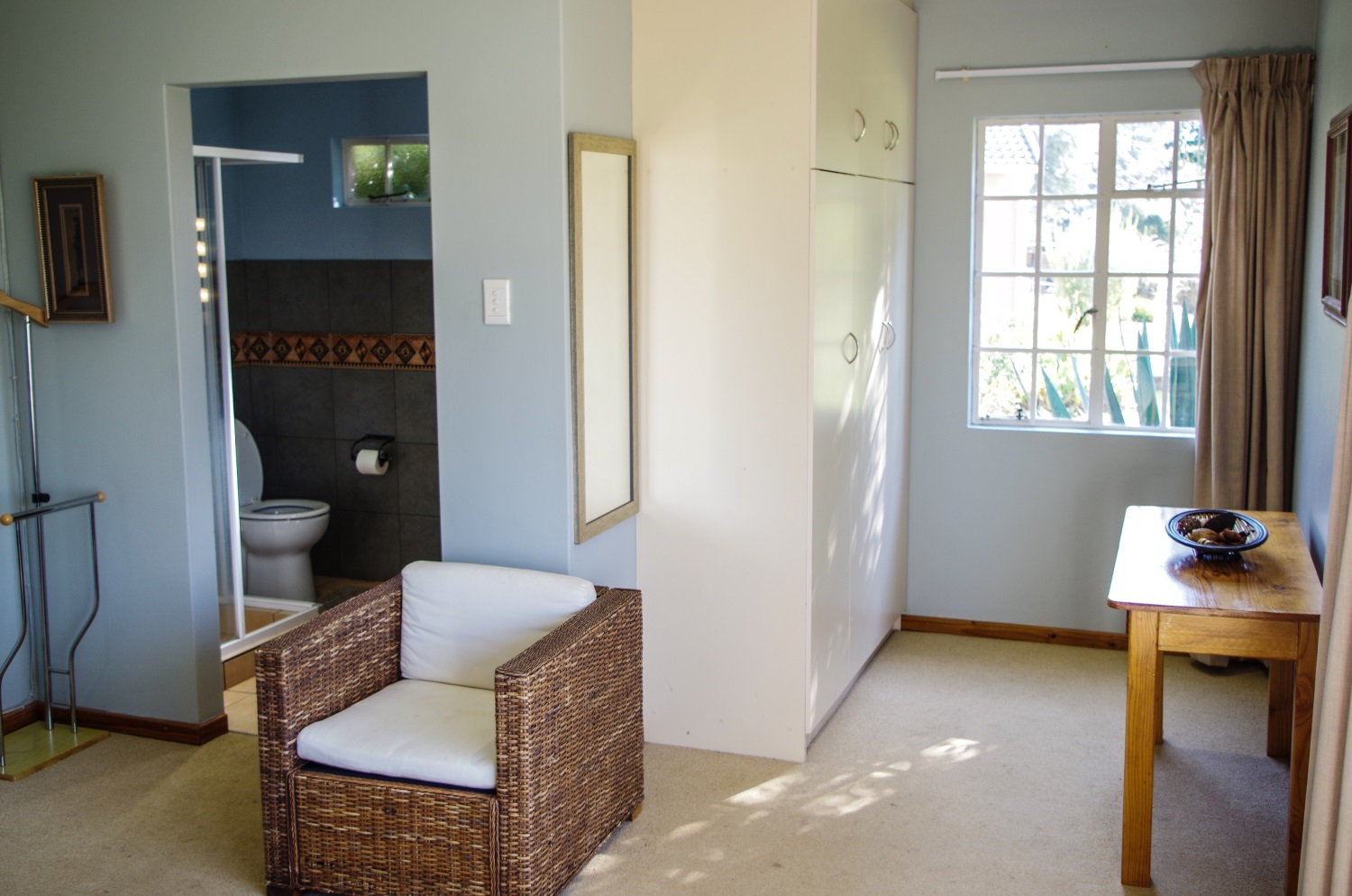 The Manderson Hotel la themba en suite