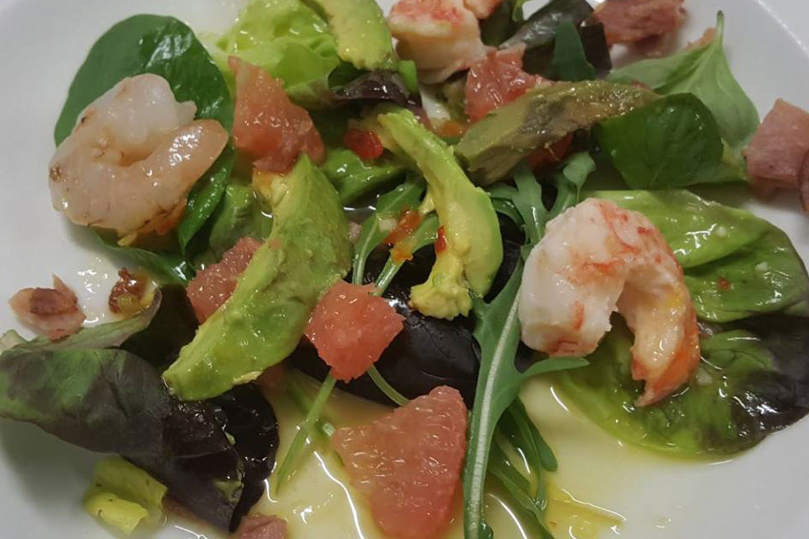 grapefruit avo and prawn salad manderson htoel